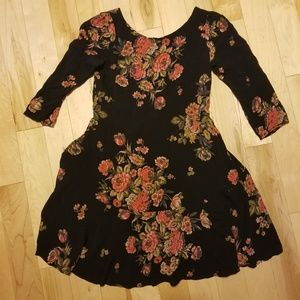 👗 Free People black floral dress extra small